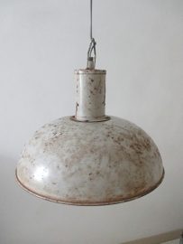 Grote oude industriele lamp
