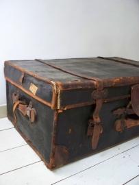 Antieke koffer XXL SOLD