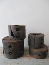 Industriele houten spoelen / tandwielen SOLD