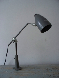 Industriele oude Singer lamp SOLD