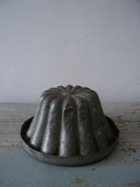 Oude puddingvorm van zink SOLD