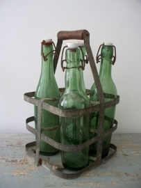 Frans flessenrek met flessen SOLD