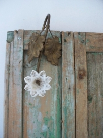 Oud Frans ornamentje / bloem SOLD