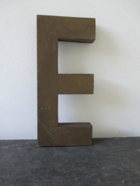 Industriele letter E