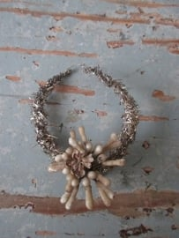 Oude tinsel kersthanger/ bal SOLD