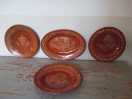 Antiek  slip aardewerk uit Frankrijk  ( 1800 ) SOLD