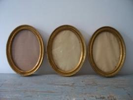 3 oude vergulde houten lijstjes SOLD