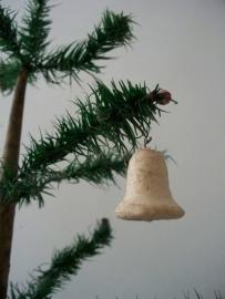 Oude antieke kerstbal/klokje van watten SOLD