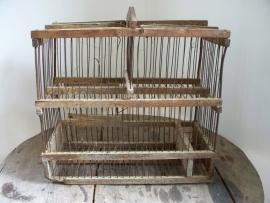 Oude Franse vogelkooi