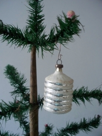 Oude lampion  / kerstbal