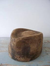 Oude Franse hoedenmal SOLD