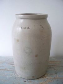 Oude Franse gres pot SOLD