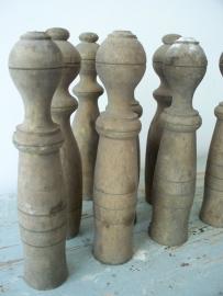 Oude houten kegeltjes SOLD