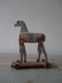 Oud paardje SOLD