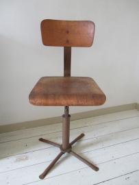 Oude industriele stoel SOLD