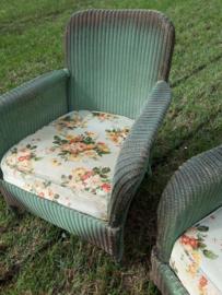 Oude lloyd loom fauteuils
