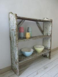Oud houten rek / kastje SOLD