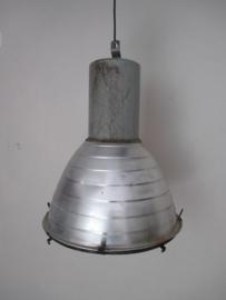 Oude industriele lamp XL