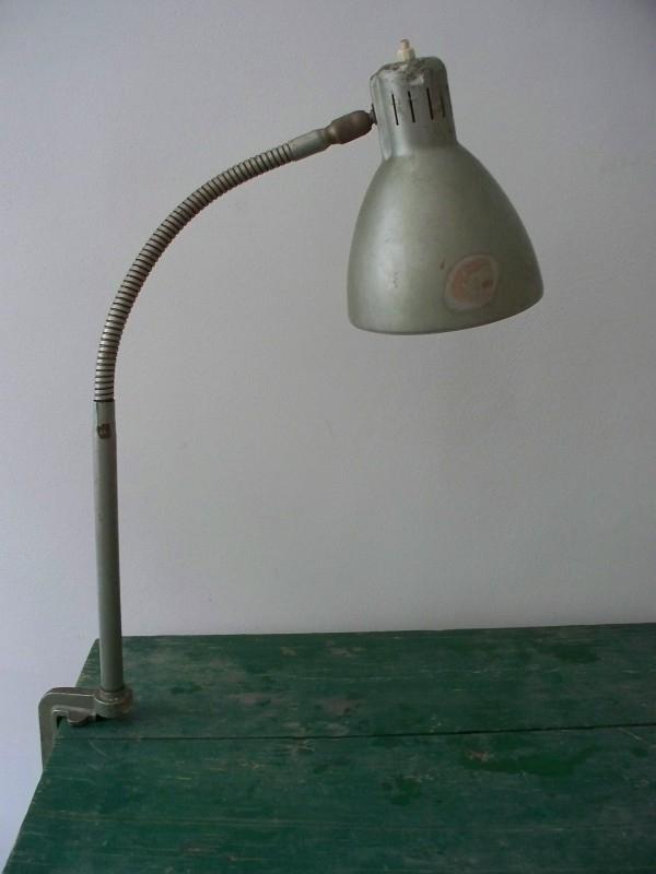 Industriele oude bureaulamp SOLD