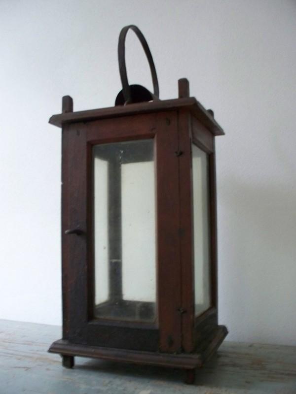 Antieke zweedse houten lantaarn SOLD
