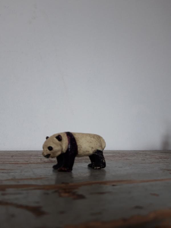 Oude pandabeer ( elastolin ) SOLD