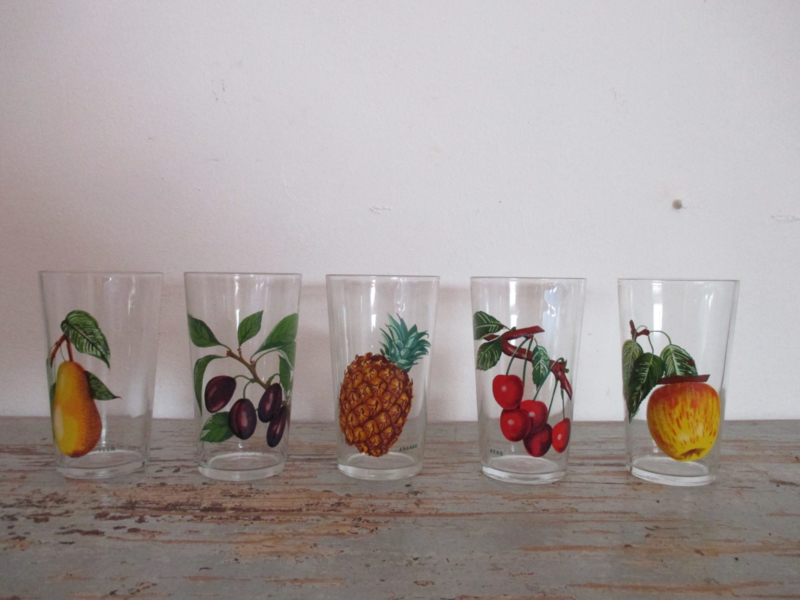 5 retro glazen