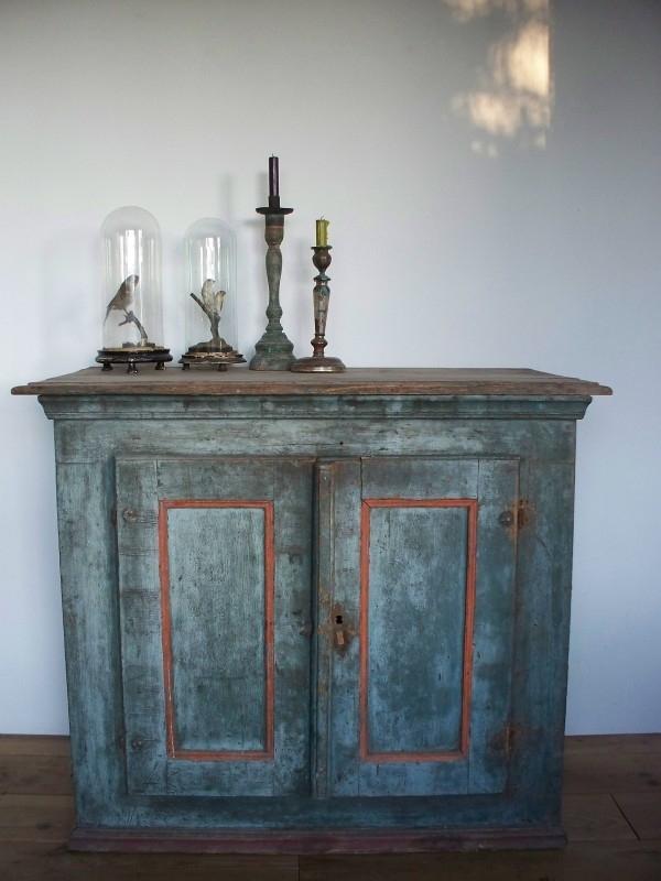 Antiek Zweeds Dressior Sold Sold Sjebbiez