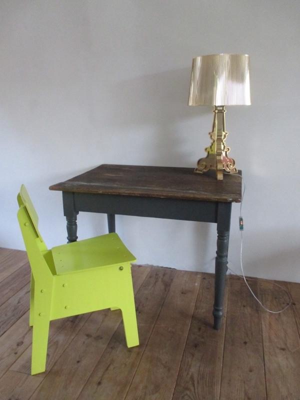 Klein Oud Tafeltje.Oude Franse Tafel Sold Sold Sjebbiez