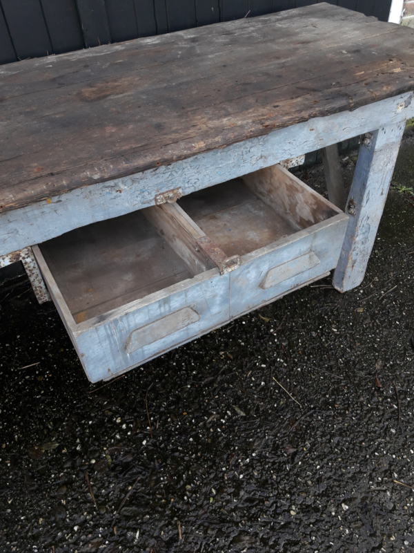 Oude Industriele Tafel.Oude Industriele Tafel Werktafel Werkbank Xxl Furniture Sjebbiez