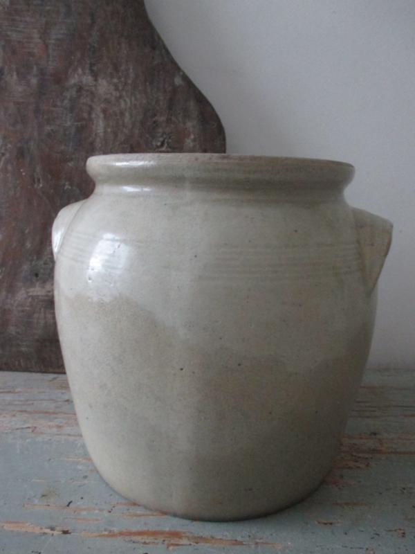 Oude Franse pot