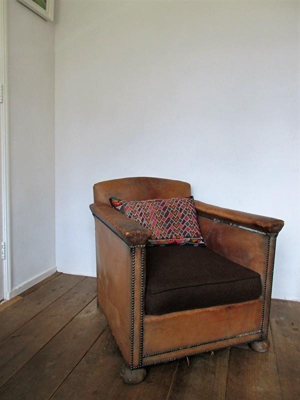 Welp Oude leren fauteuil SOLD | sold | sjebbiez FV-98