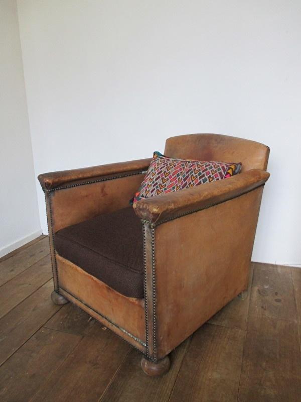 Hedendaags Oude leren fauteuil SOLD | sold | sjebbiez GN-38