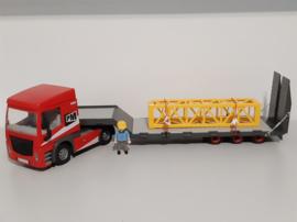 Vrachtwagen met oplegger (13951)