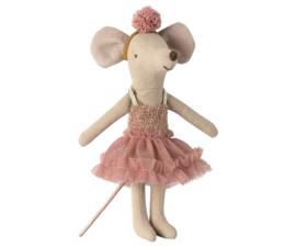 Dance Mouse, Big Sister -Mira Bella