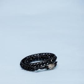 Dubbele armband met onyx en metalen sluiting