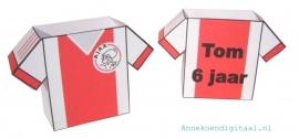 Ajax voetbalshirt traktatie