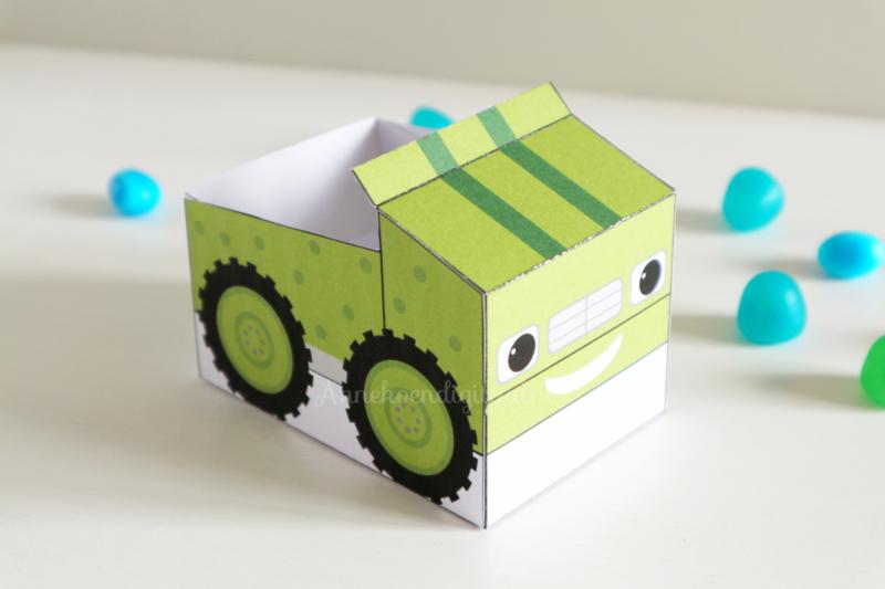 Groene Monsterwielen traktatie auto