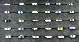 Diverse RVS ringen 30 stuks 1065