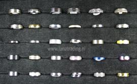 Diverse RVS ringen 30 stuks 1080