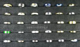Diverse RVS ringen 30 stuks 1081