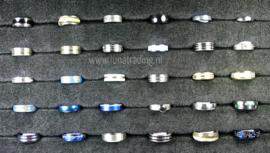 Diverse RVS ringen 30 stuks 1064