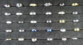 Diverse RVS ringen 30 stuks 1078