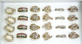 409 Assortiment ringen  24 stuks