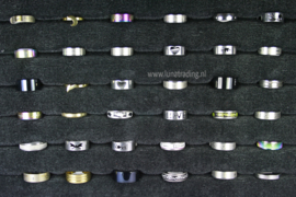 Diverse RVS ringen 30 stuks 1093
