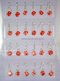 124  Display  oorhangers 12 paar   dobbelsteen