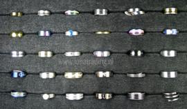 Diverse RVS ringen 30 stuks 1068