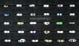 Diverse RVS ringen 30 stuks 1091
