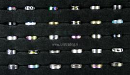 Diverse RVS ringen 30 stuks 1098