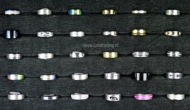 Diverse RVS ringen 30 stuks 1094