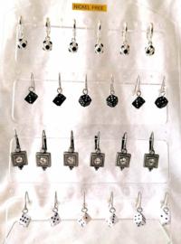 209 Display hangers 12 paar